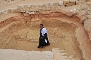 the local guide in Saqqara