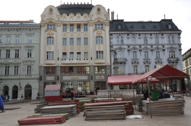 Restaurants in the main Square