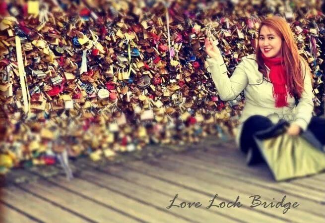 love-lock-bridge