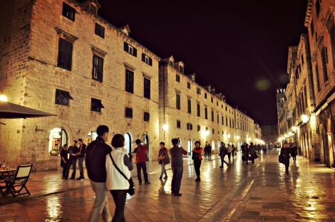 stradun at night