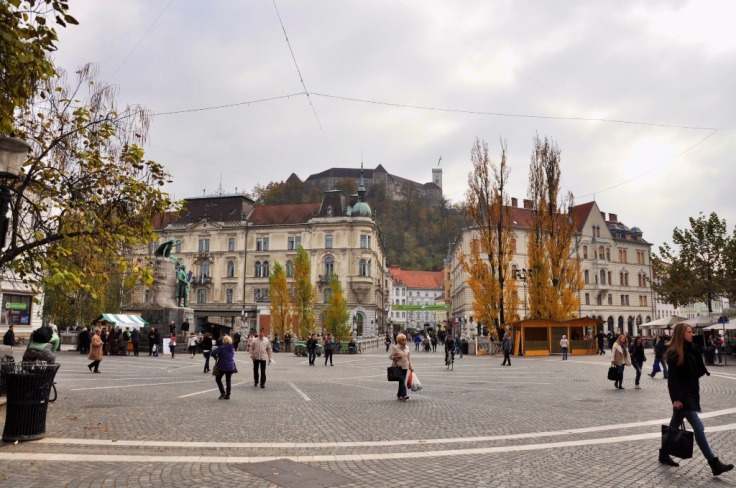 Preseren Square with Ljubljana Castle (1)