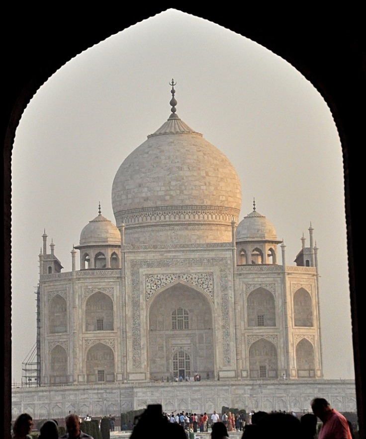 First Glimpse of Taj from the Gate